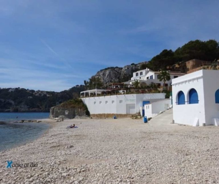 Cala Clemence Javea beach restaurant